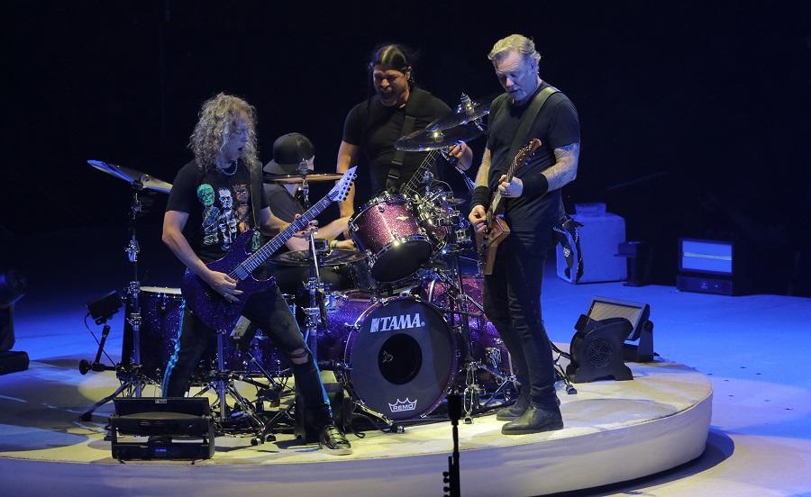 Οι Metallica συνεχίζουν την περιοδεία τους με διασκευή στους Soundgarden! - Roxx.gr