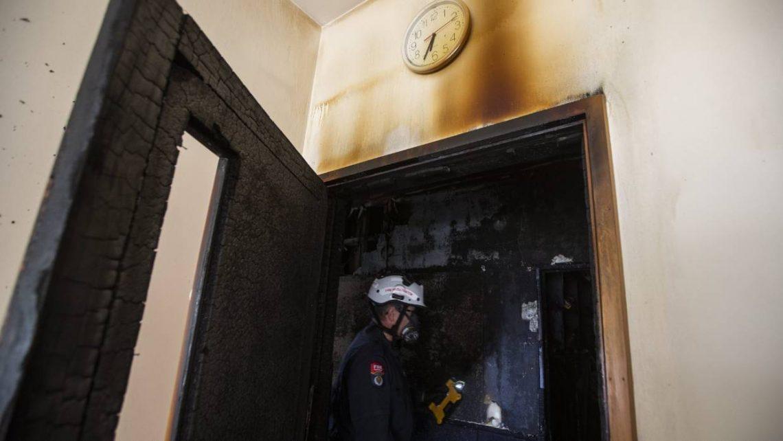 Ντράμερ black metal συγκροτήματος έβαλε φωτιά σε δύο εκκλησίες! - Roxx.gr