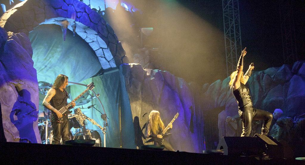 Γι αυτό έφυγαν από το Hellfest οι Manowar! - Roxx.gr