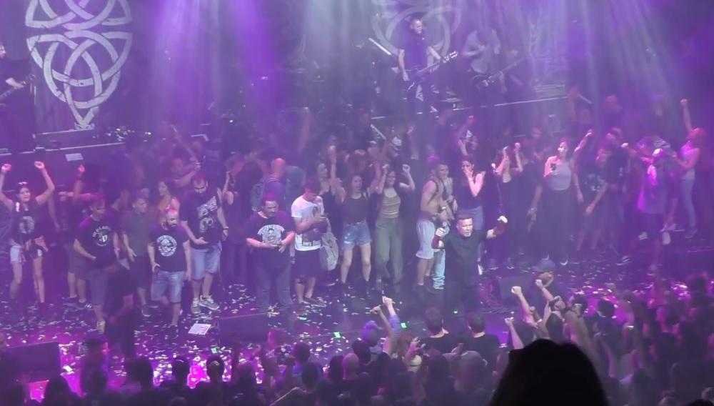 Το αποθεωτικό φινάλε στη συναυλία των Dropkick Murphys στην Αθήνα - Roxx.gr
