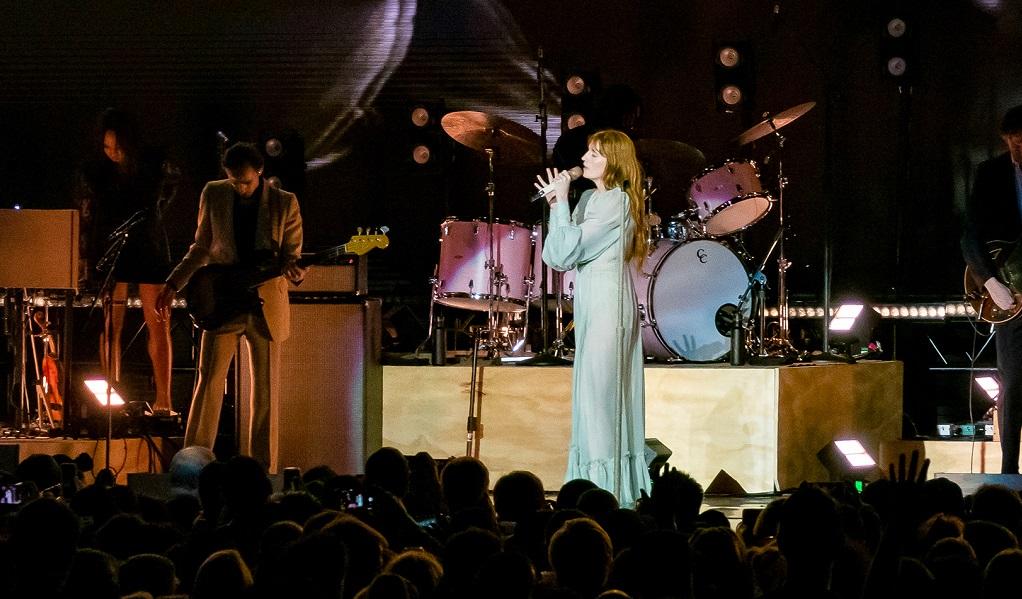 Θα παίξουν και δεύτερη μέρα οι Florence & the Machine – Όλες οι λεπτομέρειες για τα εισιτήρια - Roxx.gr