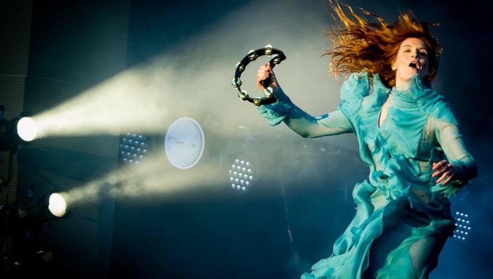 Όλα όσα πρέπει να γνωρίζετε για τις τρεις συναυλίες των Florence & The Machine - Roxx.gr