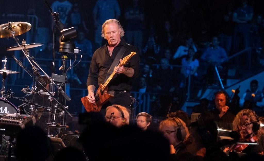 Οι Metallica έπαιξαν ξανά με συμφωνική ορχήστρα μετά από 20 χρόνια -Δείτε πλάνα από τη συναυλία - Roxx.gr
