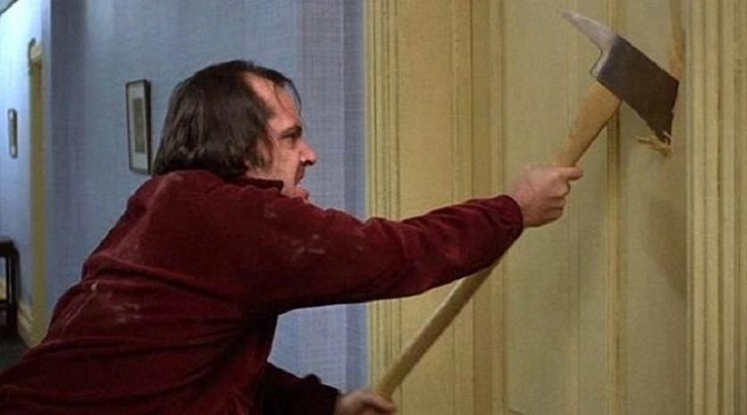 Το πιο διάσημο κινηματογραφικό τσεκούρι πουλήθηκε με «τρελό» ποσό σε δημοπρασία! - Roxx.gr