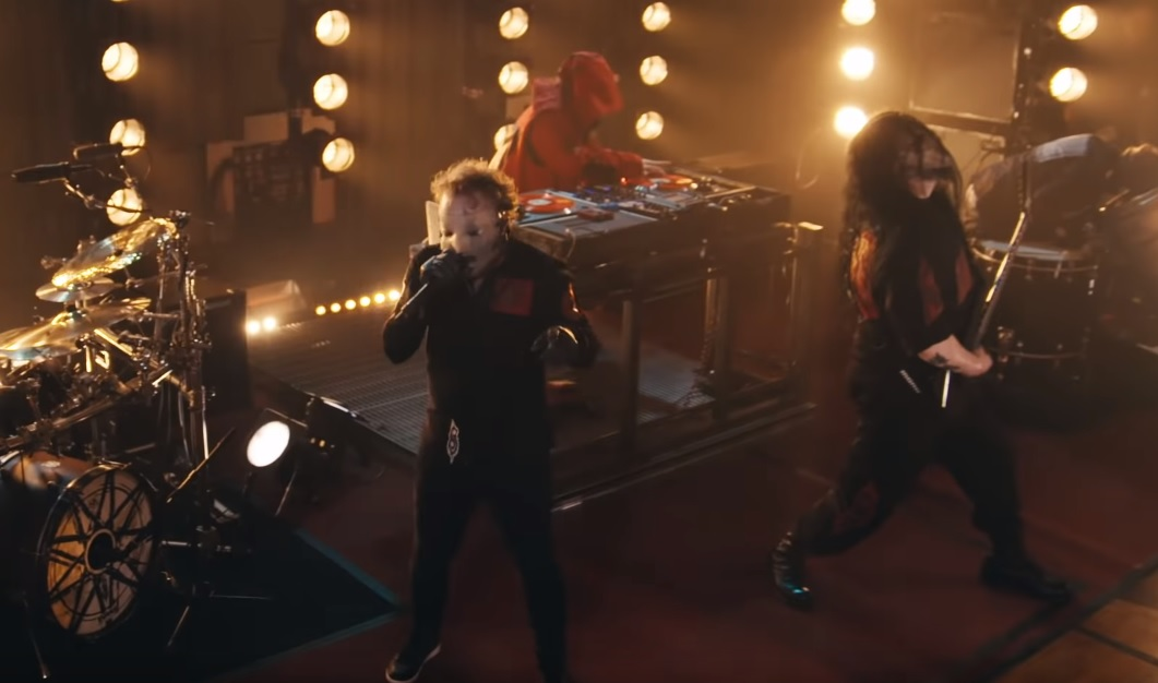 Σάρωσαν το στούντιο του BBC οι Slipknot! - Roxx.gr