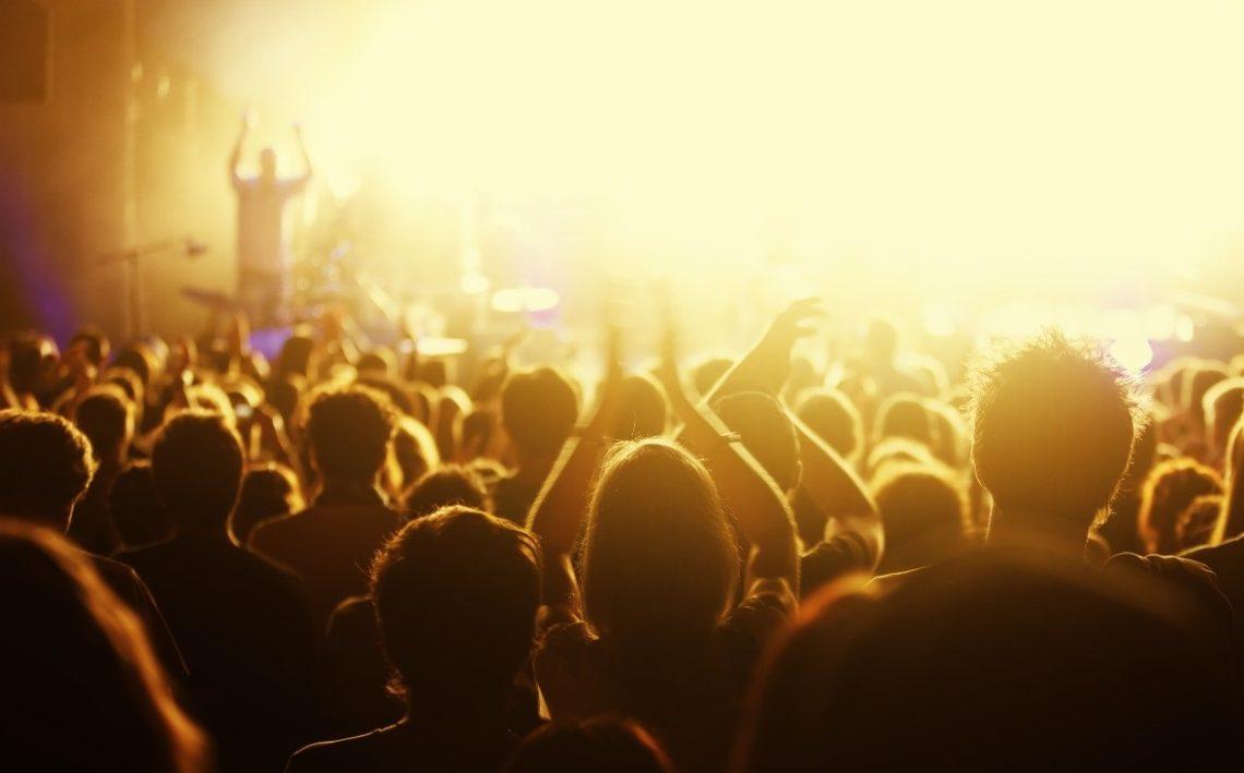 Συνεχής ενημέρωση: Όλες οι αναβολές συναυλιών λόγω κορωνοϊού - Roxx.gr