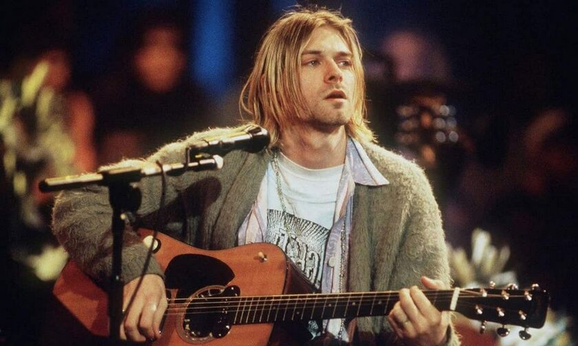 Kurt Cobain: Τρελά λεφτά και ρεκόρ σε δημοπρασία για την κιθάρα του από το Unplugged - Roxx.gr