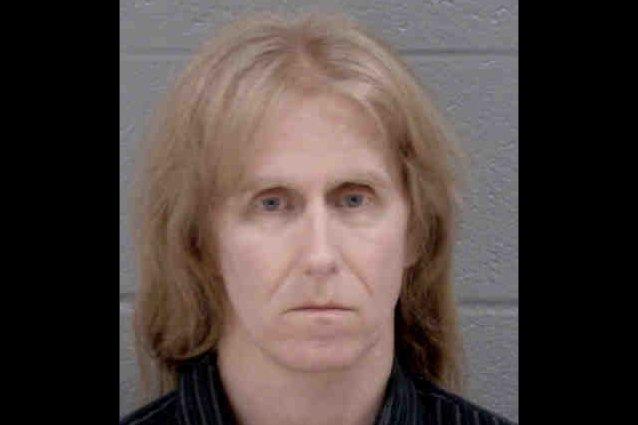 Μέχρι 25 χρόνια φυλακή στον πρώην κιθαρίστα των Manowar για παιδική πορνογραφία - Roxx.gr