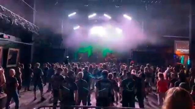 Metal συναυλία στην πανδημία: Το πρώτο live σε κλειστό χώρο επί ευρωπαϊκού εδάφους - Roxx.gr