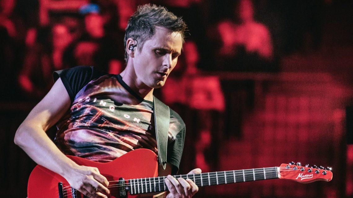 Ο Matt Bellamy των Muse διασκευάζει Simon & Garfunkel - Roxx.gr