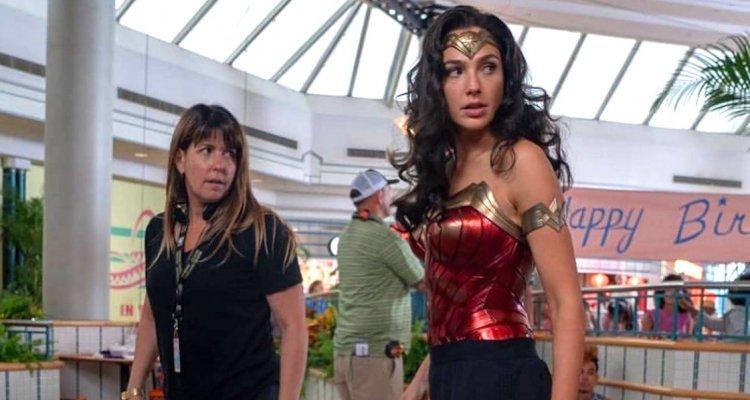 Η Wonder Woman στο ρόλο της Κλεοπάτρας! - Roxx.gr