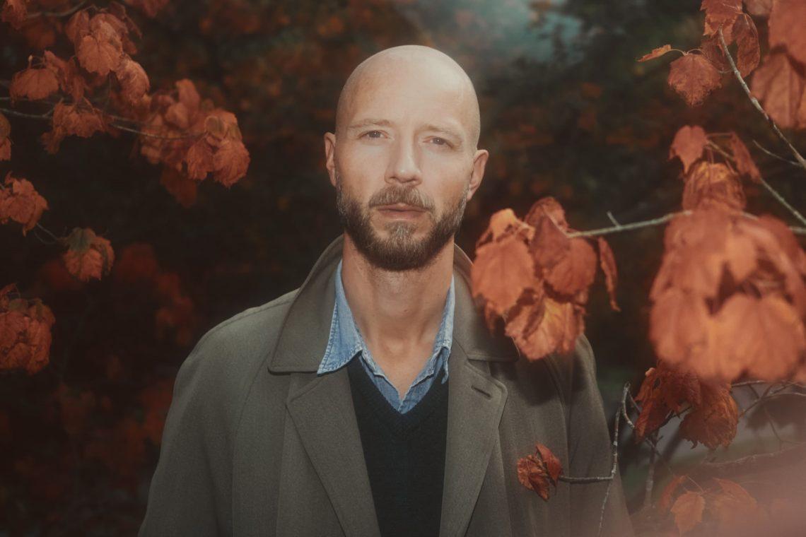Ο Sivert Hoyem κυκλοφόρησε το νέο του τραγούδι, Devotional - Roxx.gr