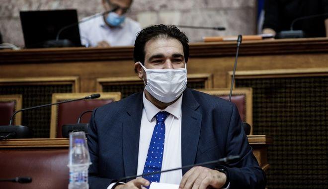 Δικαίωση για τους μουσικούς: H κυβέρνηση πήρε πίσω τον μουσικό «τρομονόμο» - Roxx.gr