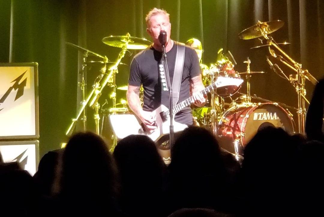 Εμφάνιση-έκπληξη από τους Metallica σε μικρό κλαμπ με 500 θεατές! - Roxx.gr
