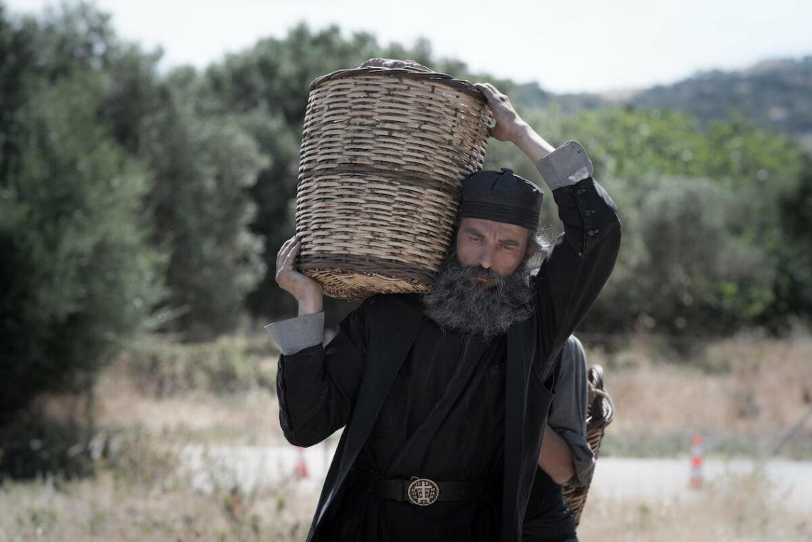 Ο «Άνθρωπος του Θεού» έβαλε κάτω τον Shang-Chi της Marvel στο ελληνικό box office - Roxx.gr