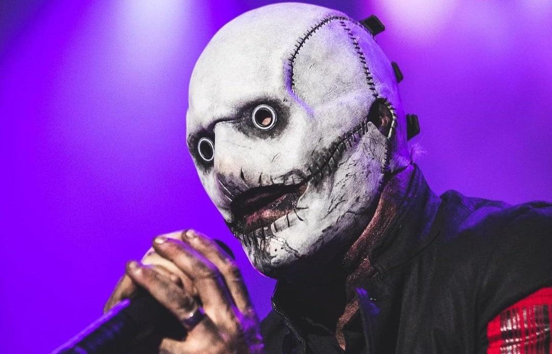 Αυτή είναι η καλύτερη μάσκα του Corey Taylor εδώ και 13 χρόνια! - Roxx.gr