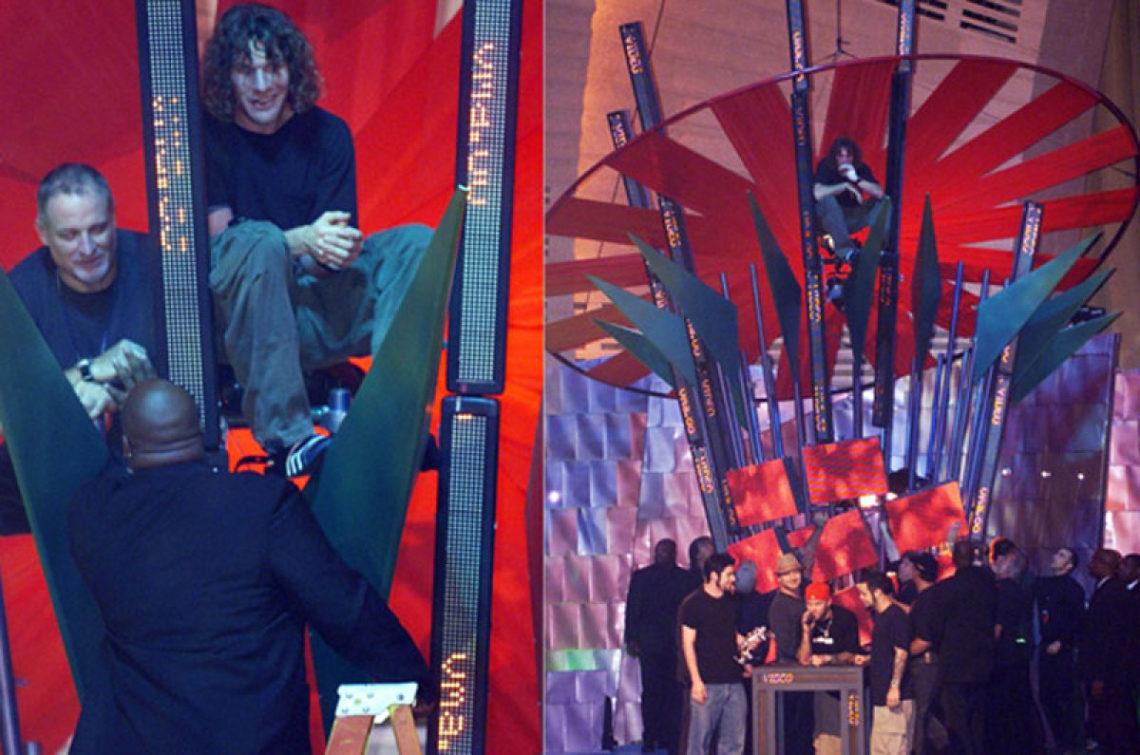 Η διαμαρτυρία για τη νίκη των Limp Bizkit που οδήγησε τον μπασίστα των Rage Against the Machine στη φυλακή - Roxx.gr